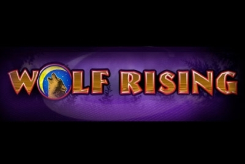 The Wolf Rising Online Slot Demo Game by IGT